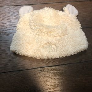The northface 6-9 month bear hat